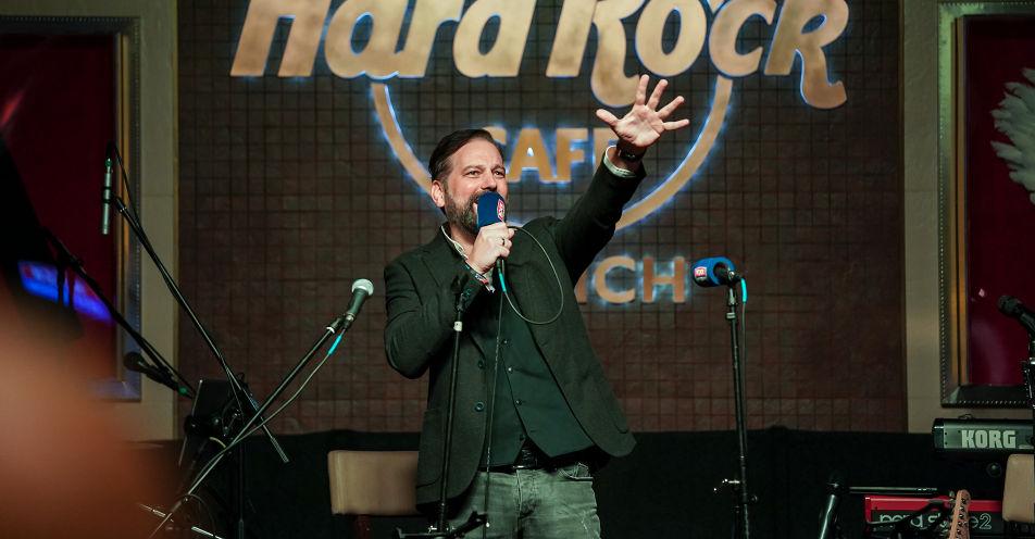 120 Gäste feiern mit ROCK ANTENNE 20-jähriges Jubiläum im Hard Rock Café München