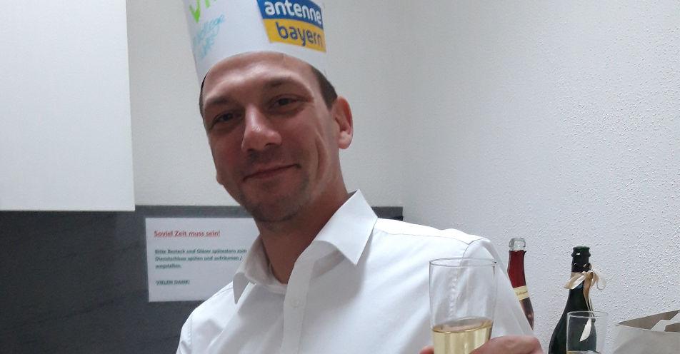 Aus eins mach zwei: Zwillings-Papa aus Ingolstadt verdoppelt Jahresgehalt mit ANTENNE BAYERN