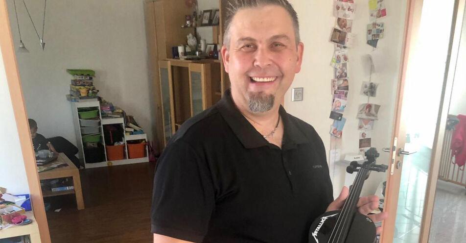 "ROCK ANTENNE kürt ""Master of Metallica"": Kirchdorfer erzockt Metallica-Violine"