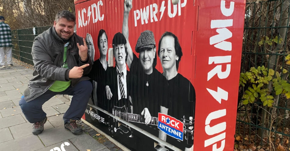 Steffen aus Datteln bekommt Strom für ein Jahr von AC/DC und ROCK ANTENNE geschenkt