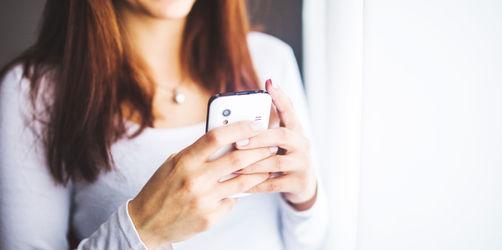 Schonmal im Handy des Partners gestöbert?