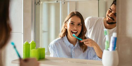 Hast du schonmal die Zahnbürste deines Partners benutzt?