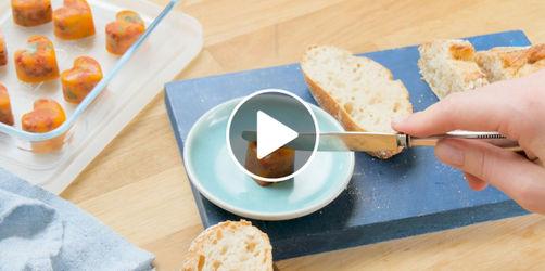 DIY zum Valentinstag: Tomatenbutter-Herzen