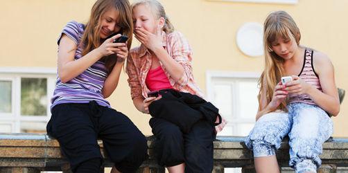 Smartphones für Kinder: Das sollten Eltern beim Kauf beachten