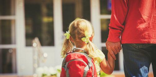 Zehn Anzeichen für Helikopter-Eltern