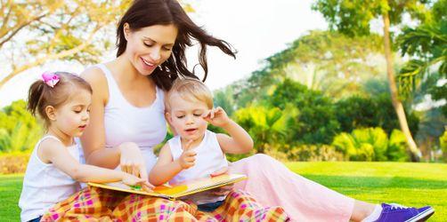 Kleine Wortkünstler: 10 kinderleichte Tipps, wie ihr eure Kids sprachlich fördert