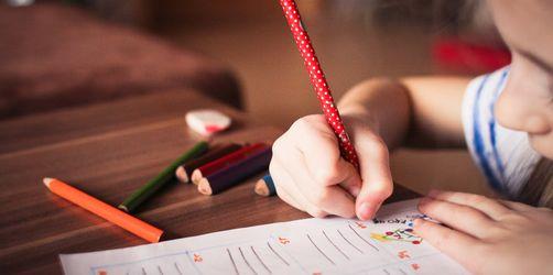Seid ihr so fit wie eure Kinder? Das ANTENNE BAYERN-Schulaufgaben-Quiz