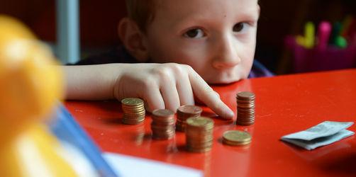 Kinder und ihr Taschengeld: Wie viel ist wann genau richtig?