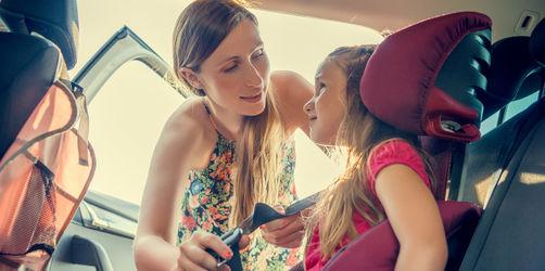 Tödliche Gefahr im Auto: Jedes zweite Kind ist falsch gesichert