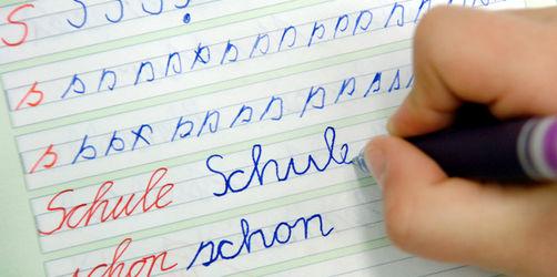 """""""Sauklauen""""-Studie: Was Handschrift über euch verrät und wie ihr sie verbessert"""