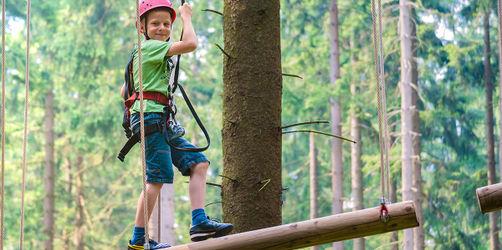 Die schönsten Hochseilgärten und Kletterwälder in Bayern