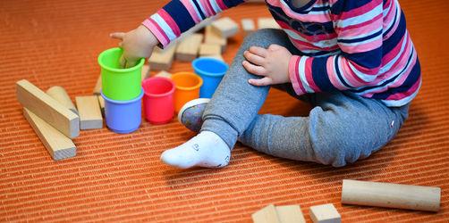 Zuschuss für Eltern ab Januar 2020: Landtag beschließt 100 Euro Krippengeld