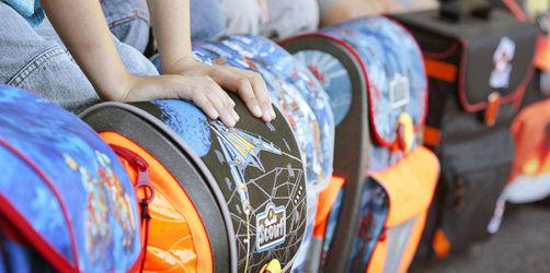 Empfindliche Kinderrücken: So viel darf ein Schulranzen wiegen