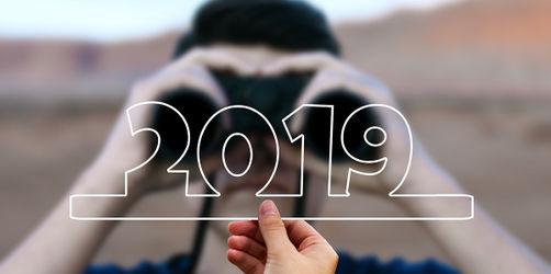 Mehr Kindergeld, günstiger telefonieren, Steuerentlastung - das ändert sich 2019