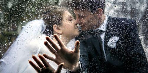 Geld zurück bei Regen: Lohnt sich eine Hochzeitswetterversicherung?