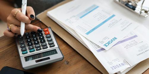 Wie ihr finanzielle Engpässe überbrücken könnt
