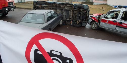 Gaffer und ihre Fotos von Unfalltoten: So hart werden die neuen Strafen