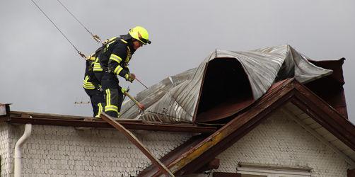 """Schäden durch Sturmtief """"Sabine"""": Darauf müsst ihr achten, diese Versicherungen zahlen"""