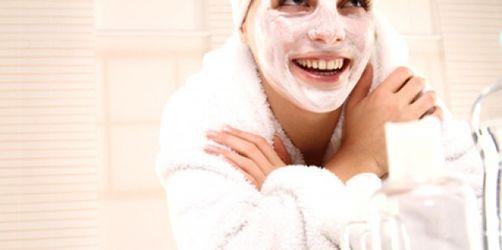 Schönheitspflege: Die bekanntesten Beauty-Mythen und was wirklich an ihnen dran ist