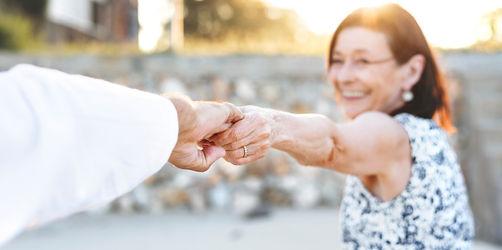 Wie viel Lebenszeit verlierst du? Diese Laster senken laut Studie deine Lebenserwartung