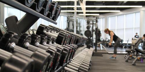 Fitness-Studio-Falle: Darauf solltet ihr bei einem neuen Vertrag achten!