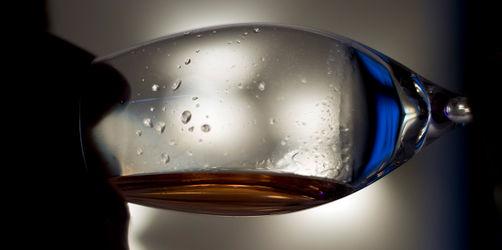 Neue Sucht-Bilanz: Deutsche trinken pro Jahr ganze Badewanne voll Alkoholika