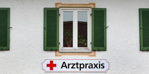 Prämie & sinkende Hürden für Studium: So will Bayern an neue Ärzte kommen