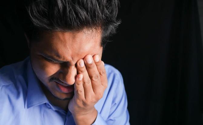 Die berüchtigte Männergrippe: Leiden Männer wirklich mehr als Frauen?!