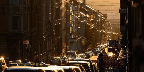 Bundestag beschließt Grundsteuerreform: Das kommt auf Hausbesitzer und Mieter zu