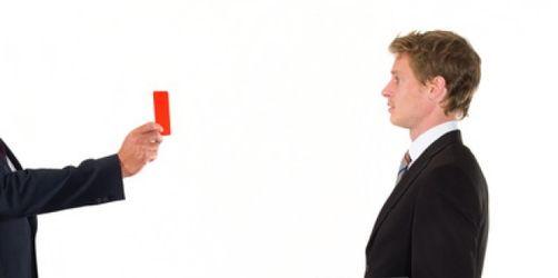 Mitarbeiter und Chefs: Die schlimmsten Fallen im Berufsleben und wie Sie Ihr Arbeitsverhältnis nachhaltig zerstören können