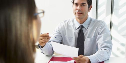 Wie Sie gemeine Fragen und Fallen beim Bewerbungsgespräch gekonnt meistern