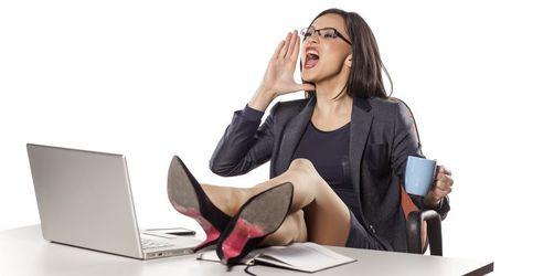 Knigge im Job: Mit welchen Benimm-Regeln Sie auf der Arbeit nichts mehr verkehrt machen