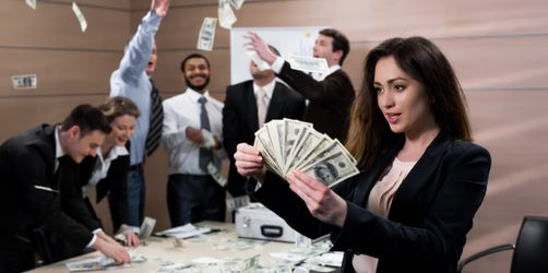 Gesetz zum Gehaltsvergleich: So erfahrt ihr ab sofort, wie viel eure Kollegen verdienen