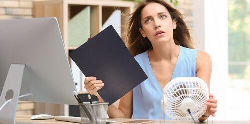Büro, Baustelle & Co.: Das sind eure Rechte bei Hitze am Arbeitsplatz