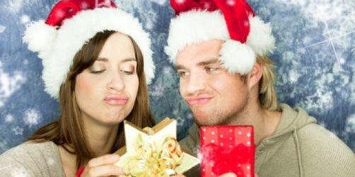Nicht schon wieder! Über diese Weihnachtsgeschenke können sich Männer und Frauen am wenigsten freuen