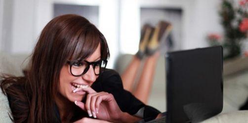 Die TOP Ten der nervigsten Phrasen in Online-Flirt-Profilen