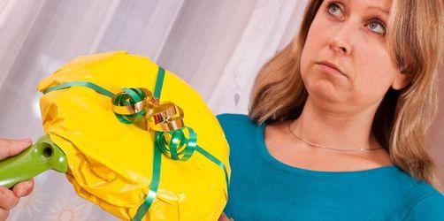 Das können Sie sich schenken: Mit diesen Geschenken machen Sie sich unbeliebt