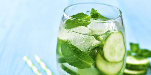 Dieser Drink hilft auch gegen Mückenstiche