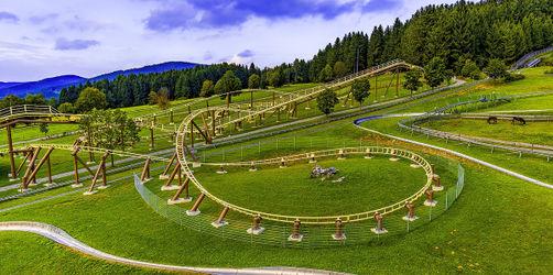 Und Abfahrt! Das sind die besten Sommerrodelbahnen in Bayern