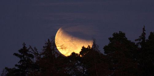Partielle Mondfinsternis in Bayern: Wann ihr das Spektakel am besten seht