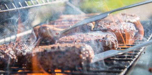 Tipps vom Deutschen Grillmeister: Das solltet ihr beim Grillen beachten