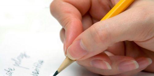 Jeder dritte Erwachsene kann nicht richtig schreiben - Das sagt Ihre Handschrift über Sie aus...