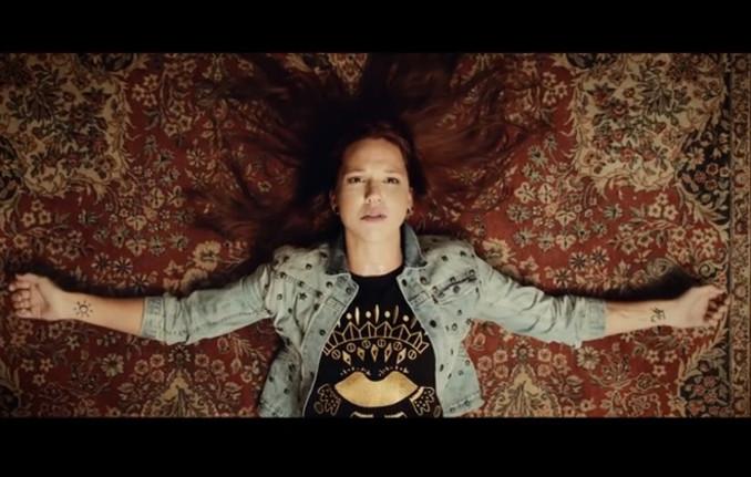 Video Neuer Stefanie Heinzmann Song Auf Dem Laufband Antenne Bayern
