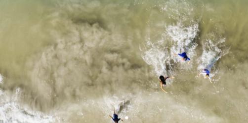 Kameradrohne rettet Leben: Familie entkommt nur knapp einem Hai