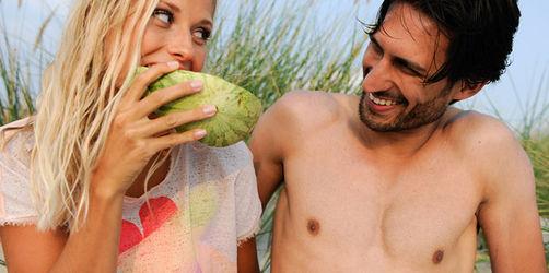 Flirten im Urlaub: So gehen Sie im Ausland erfolgreich auf Tuchfühlung