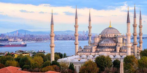 Das bedeutet die schwache Lira für Türkei Urlauber