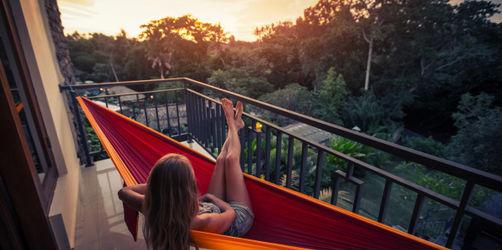 """Urlaub auf """"Balkonien"""": 10 Tipps gegen Langeweile"""