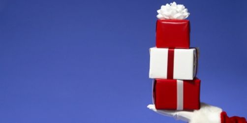 Die beliebtesten Weihnachtsgeschenke der Deutschen und die Testsieger der Stiftung Warentest