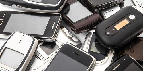 Bloß nicht wegwerfen: Diese Verwendungszwecke kann ein altes Smartphone haben