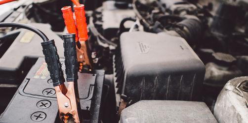 Handyakku und Autobatterie: Was ihr bei der Kälte beachten müsst